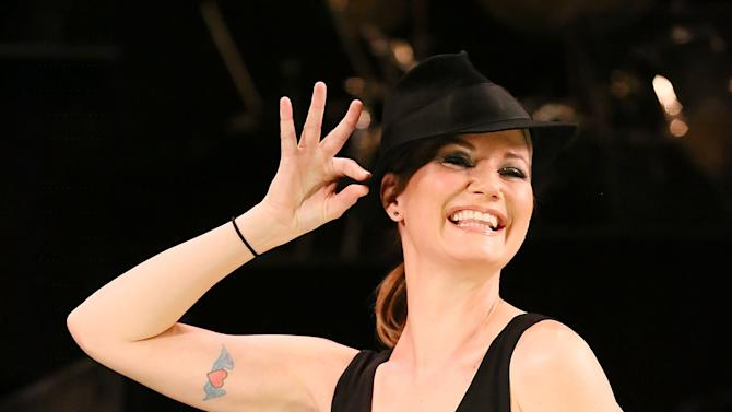 Jennifer Nettles And Carly Hughes Prepare To Join The Broadway Cast Of Chicago