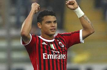 Thiago Silva signs AC Milan extension until 2017
