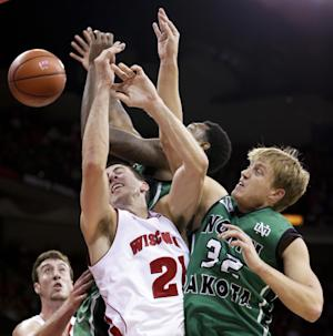 No. 12 Wisconsin beats North Dakota 103-85