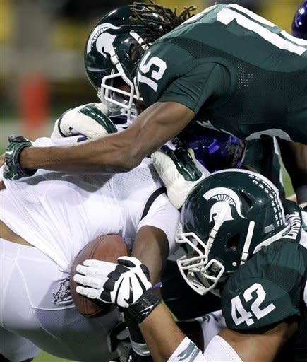 Michigan State edges TCU 17-16 in BWW Bowl