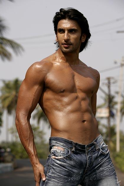 Sculpt the ultimate six pack Ranveer Singh style