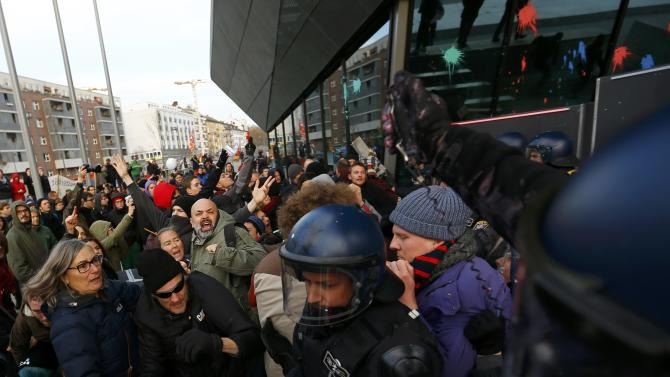 German riot police clash with Blockupy protesters in front of the new European Central Bank (ECB) headquarters in Frankfurt