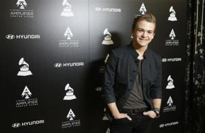 Country music singer Hayes poses during media opportunity in Beverly Hills