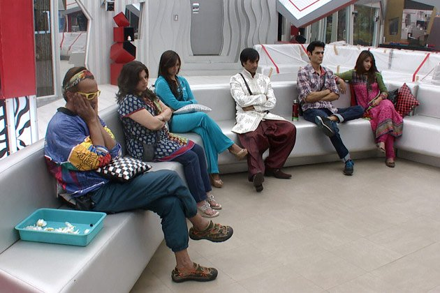 Bigg Boss 6: Rajeev's embarrassment
