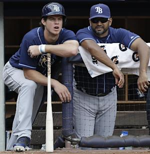 AP Source: Cubs interview Rays coach Martinez