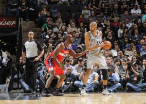Duncan leaves Spurs win with leg injuries