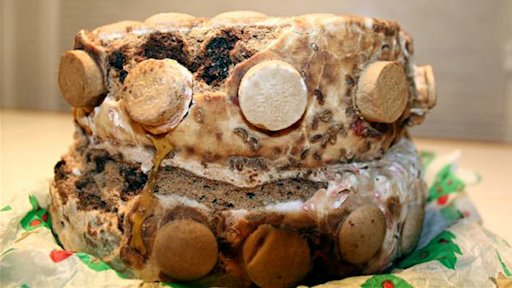 Are These the Oldest Christmas Cakes in the U.S.?