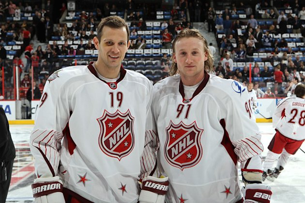   Team Alfredsson Jason Spezza #19 Of The Ottawa Senators And Steven Stamkos #91 Of The Tampa Bay Lightning Pose Prior Getty Images