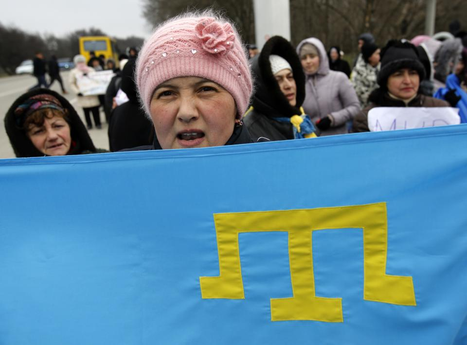 Crimean Tatars fear return of Russian rule