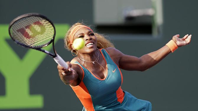Serena Williams wins opening match at Sony Open