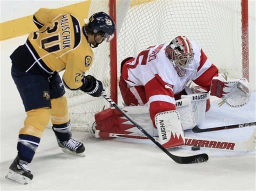 Filppula scores 2, Red Wings beat Predators 4-1