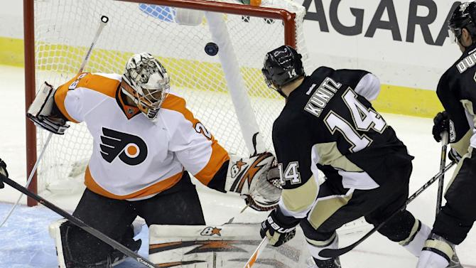 Schenn scores twice as Flyers beat Penguins, 2-1