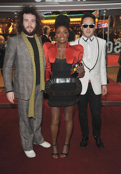 Nine UK Premiere 2009 The Noisettes