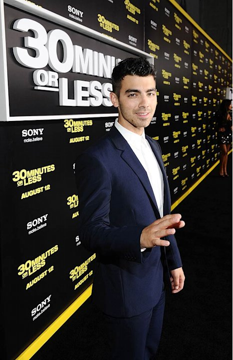 Joe Jonas Minutes Or Less Pr