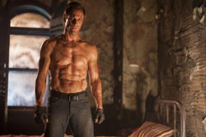Aaron Eckhart Is the Most Handsome Monster Ever in First 'I, Frankenstein' Trailer (Video)