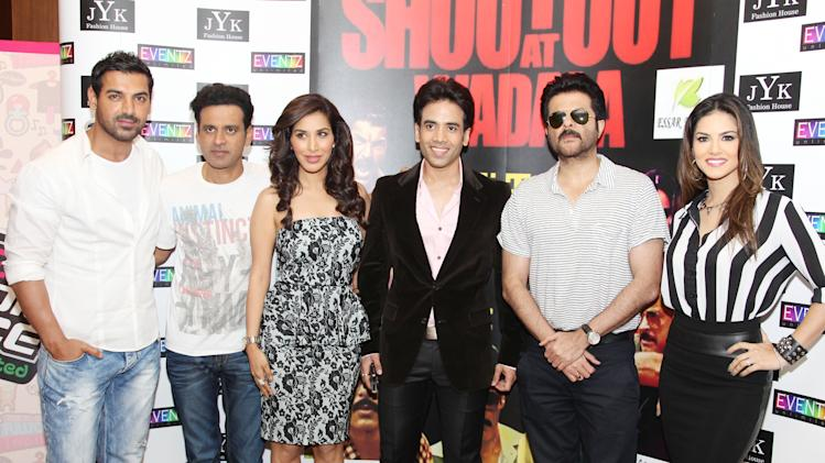 The cast of 'Shootout at Wadala', John Abraham, Manoj Bajpai, Sophie Chaudhary, Tushar Kapoor, Anil Kapoor and Sunny Leone pose for the camera. Sanish Cherian/Yahoo! Maktoob