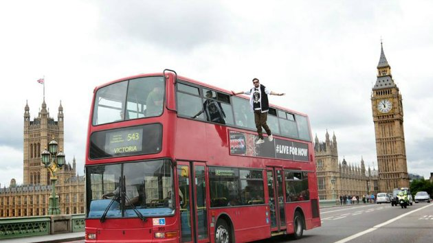 Dynamo appears to levitate alongside a London bus. (Facebook)