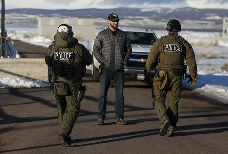FBI moving in on last four occupiers at Oregon wildlife refuge