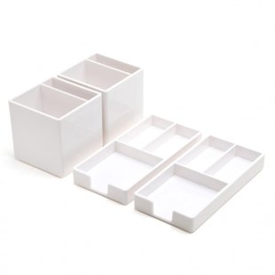 Desk organizers in the bathroom