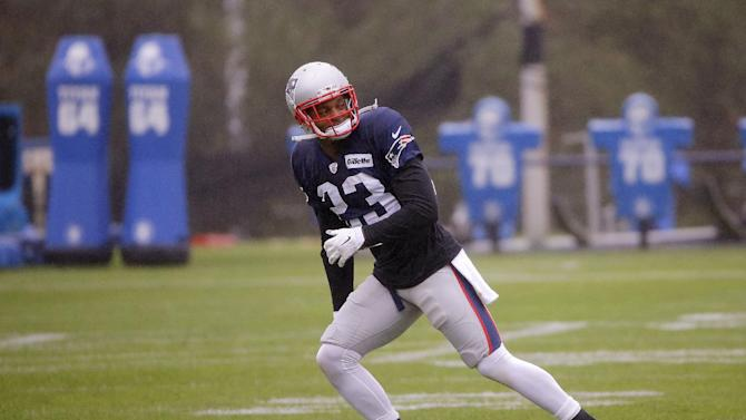 New England Patriots strong safety Patrick Chung (23) stretches during a stretch session before practice begins at the NFL football team's facility Tuesday, Oct. 21, 2014 in Foxborough, Mass. The Patriots play the Chicago Bears Sunday in Foxborough