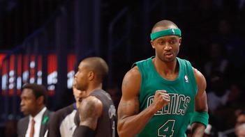 Rondo leads Celtics past Nets 93-76