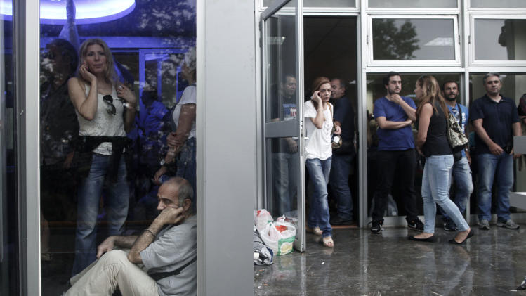 Greek gov't in deep crisis over state broadcaster