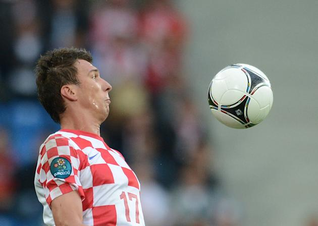 Croatian Forward Mario Mandzukic Controls AFP/Getty Images