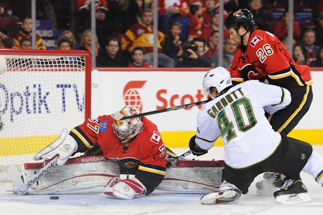 Dallas Stars v Calgary Flames