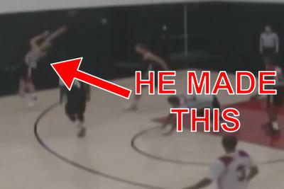 Mason Plumlee makes backwards 3-pointer look easy during Blazers practice