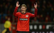 Leverkusen&#39;s striker Stefan Kiessling reacts after the German first division Bundesliga football match against Hamburger SV in the German city of Leverkusen on December 15, 2012. Leverkusen beat Hamburg 3-0