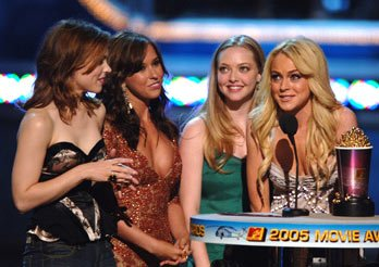 """Best Onscreen Team"" winners Rachel McAdams, Lacey Chabert, Amanda Seyfried and Lindsay Lohan MTV Movie Awards 2005 - Show Los Angeles, CA - 6/4/05"