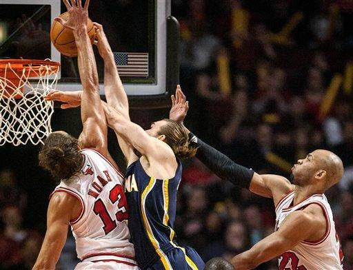 Bulls blow away Pacers in second half