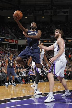 Tyreke Evans stars in return to Sacramento