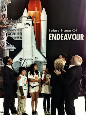 Toyota Truck to Tow Shuttle Endeavour to Calif. Exhibit Home
