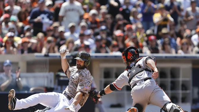 Posey, Lincecum lead Giants to 4-3 win