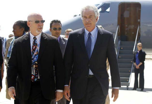 U.S. Deputy Secretary of State William Burns (front R) arrives in Tripoli September 20, 2012. Burns arrived in Tripoli on Thursday, a week after a deadly attack on the U.S. consulate in the eastern Libyan city of Benghazi. Burns flew into the Libyan capital where he was due to meet new Prime Minister Mustafa Abu Shagour and Mohammed Magarief, head of the national congress, Libyan government officials said.