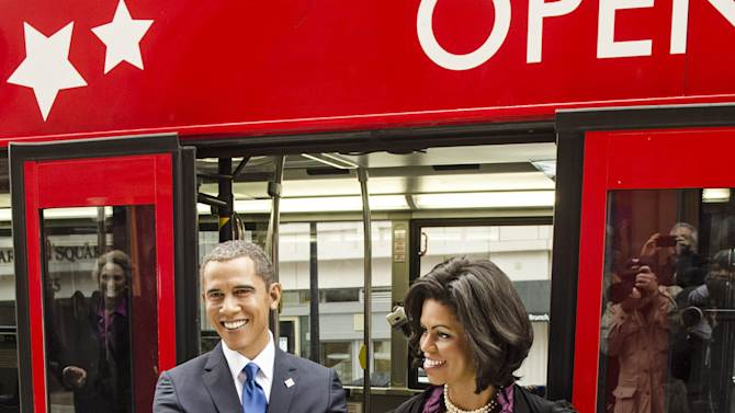 Madame Tussauds DC Presidential Wax Figurer Bus Tour