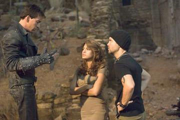 Nicolas Cage , Eva Mendes and director Mark Steven Johnson on the set of Columbia Pictures' Ghost Rider