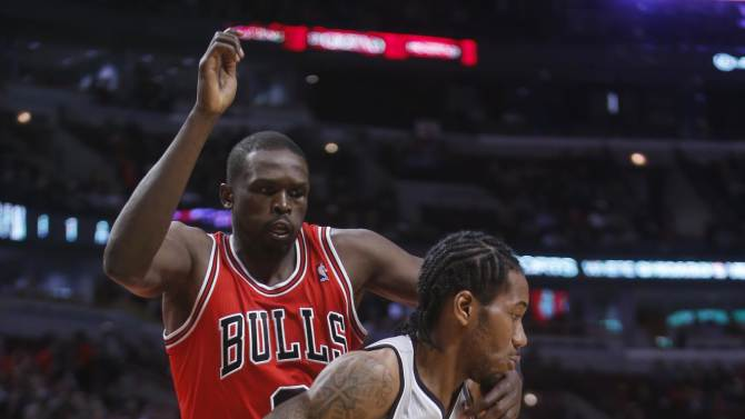 NBA: San Antonio Spurs at Chicago Bulls