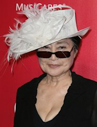 Yoko Ono dismissed Sam Taylor-Wood&#39;s Lennon movie plans