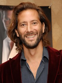 Photo of Henry Ian Cusick