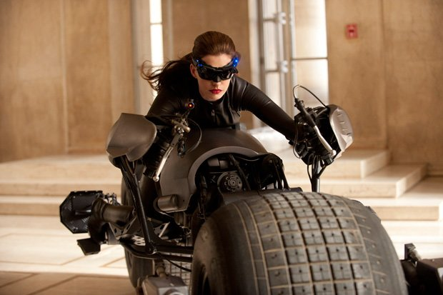 pics of anne hathaway as catwoman. Anne Hathaway in #39;The Dark