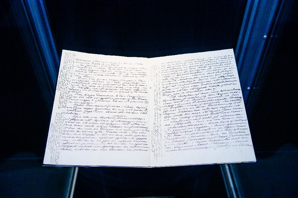 Nobel's will goes on display for first time