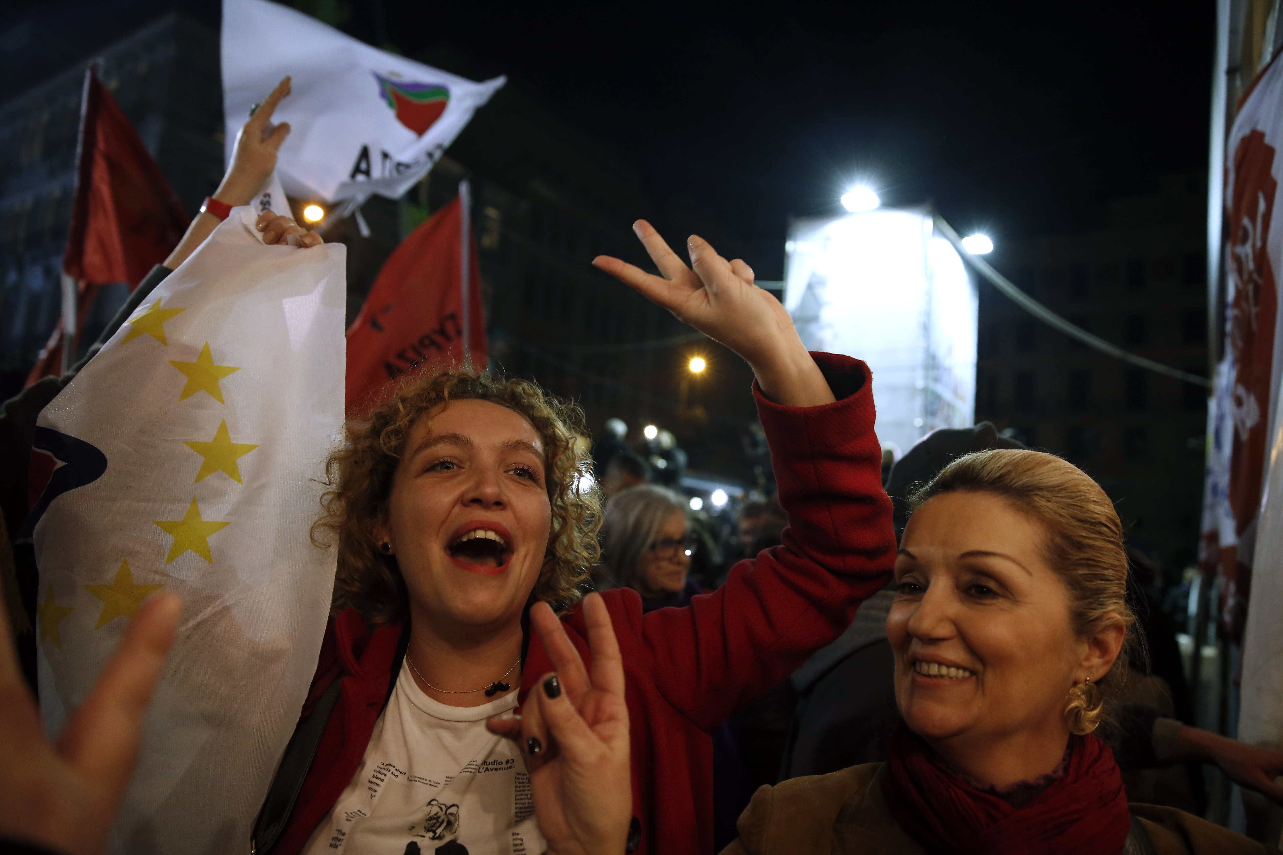 Exit poll: Greece's anti-bailout Syriza party wins election