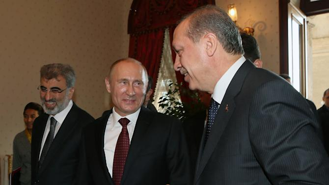 Russia, Turkey downplay Syria differences