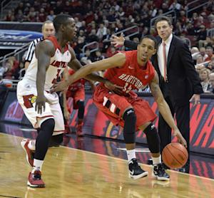 No. 3 Louisville rolls to 87-48 win over Hartford