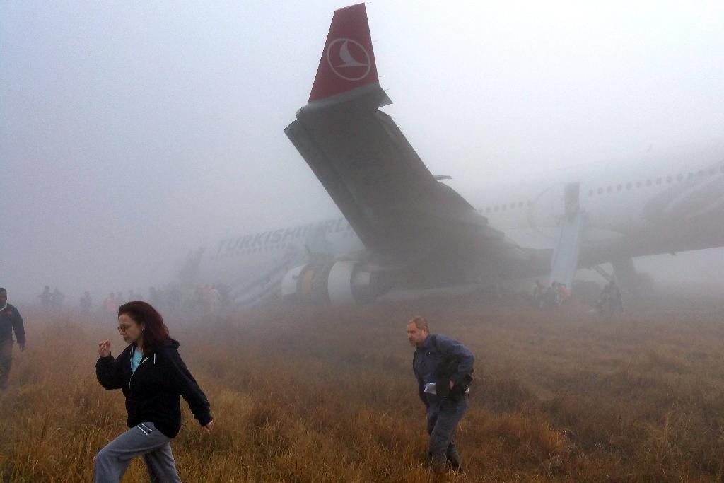 Turkish jetliner skids off on runway