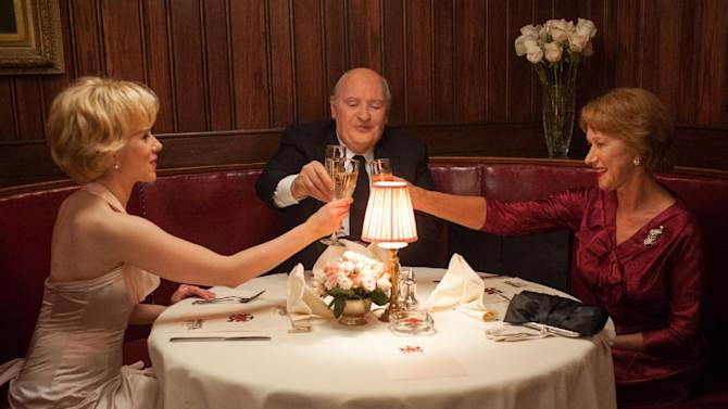 """This film image released by Fox Searchlight shows Scarlett Johansson as Janet Leigh, left, Anthony Hopkins as Alfred Hitchcock, center, and Helen Mirren as Alma Reville in """"Hitchcock."""" (AP Photo/Fox Searchlight, Suzanne Tenner)"""
