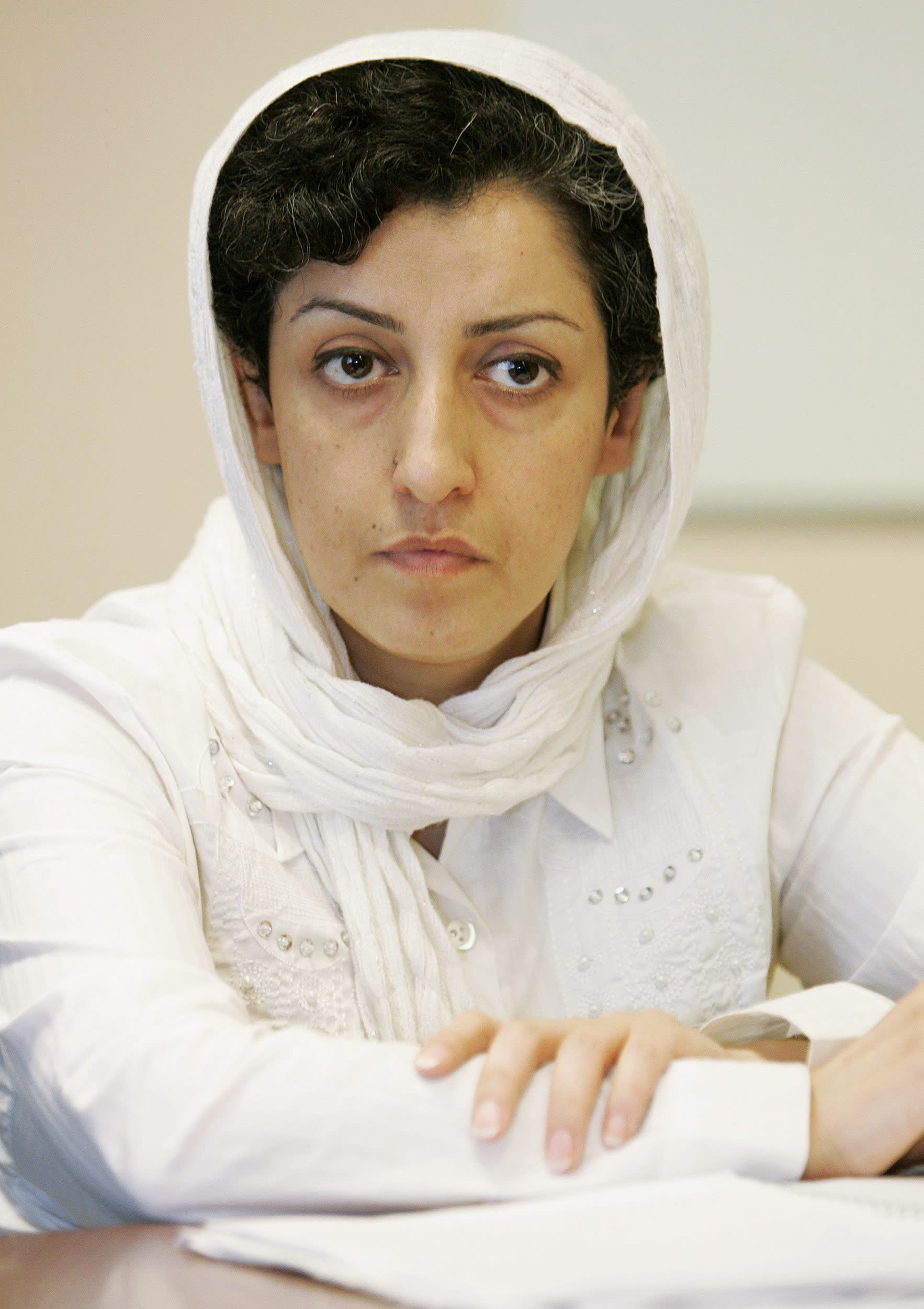 Prominent Iranian human rights activist is detained