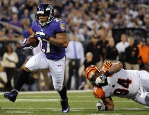 Reed INT for TD helps Ravens beat Bengals 44-13